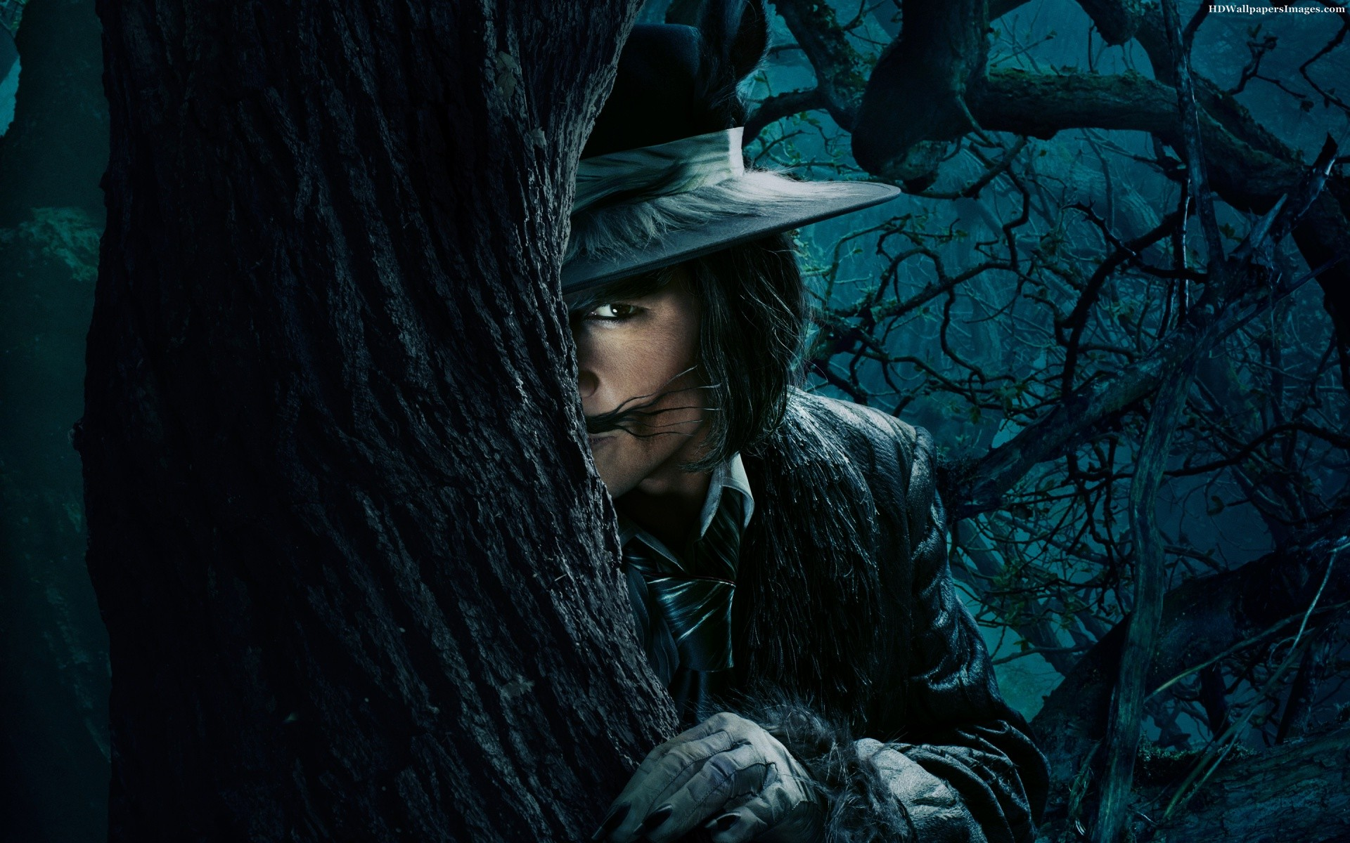 Johnny-Depp-Into-The-Woods-Images